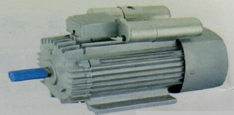 接线盒装在电动机顶部
